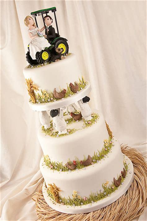 Hochzeitstorte Traktor by Wedding Cake For A Farming By Abbietabbie