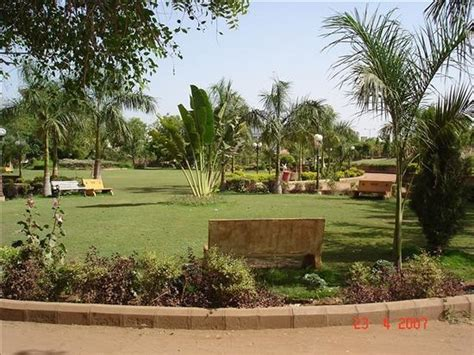 Garden Of Negative Reviews Prahlad Nagar Garden Ahmedabad Top Tips Before You Go