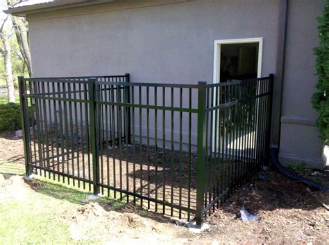 kennel fence mn fence company residential and commerical fence contractor