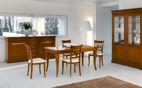 sala da pranzo classica sala da pranzo classica in esposizione a napoli