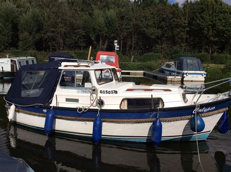 pilot boat for sale hardy pilot se 20 boat for sale quot calypso quot at jones boatyard