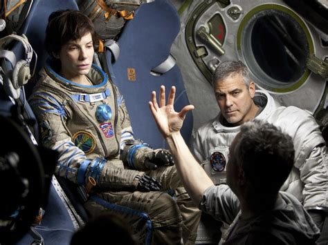 film gravity exclusive alfonso cuaron and sandra bullock take you