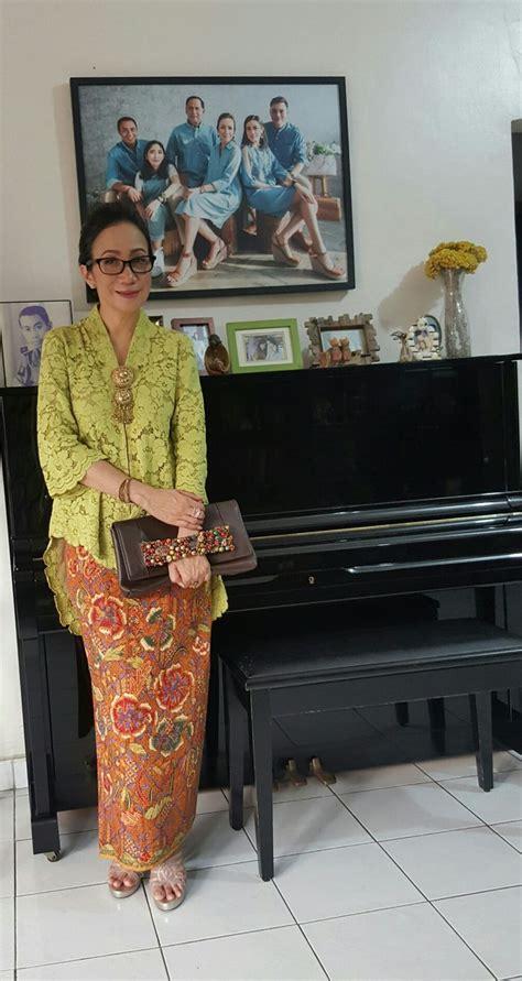 Kebaya Kartini Modern Organdi 771 best images about kebaya on