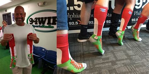 Phillies Socks Giveaway - the daily sga rundown april 26th 2015