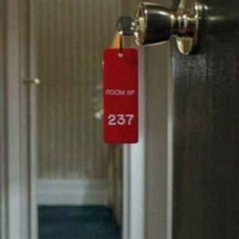 stanley kubrick room 237 welovewords la femme de la chambre 237 par ange