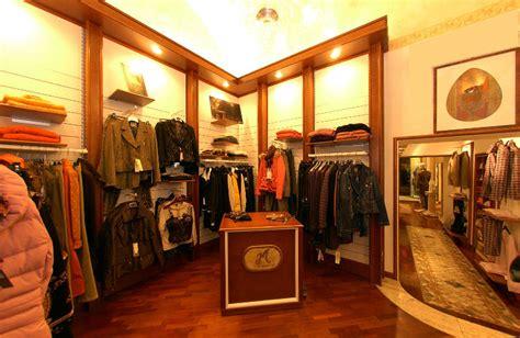 negozi arredamento viterbo arredo negozio abbigliamento civita castellana viterbo