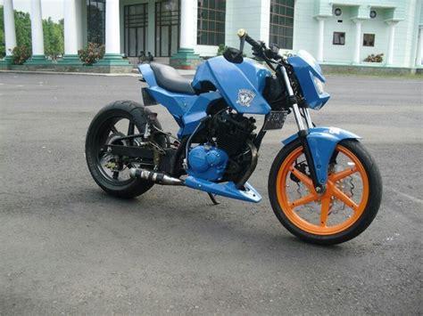 Suzuki Bandit 125cc Best 25 Custom Bikes Ideas On