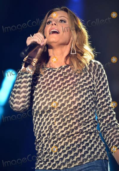 country music festival faith hill pictures from 2014 cma music festival nightly concert