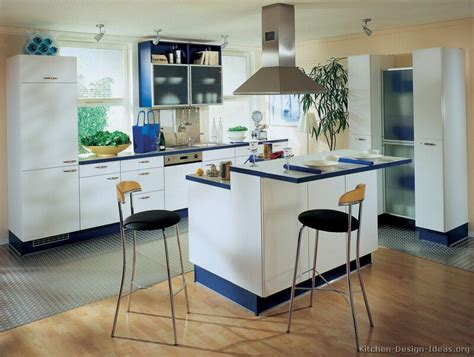 Blue And White Kitchen Ideas Kitchen Idea Of The Day Modern White Kitchens Modern