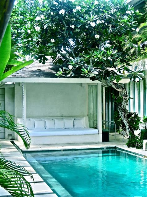 sleek swimming pool seating ideas outdoorthemecom