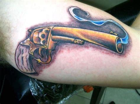 Tattoo Golden Gun | 30 cool gun tattoos desiznworld