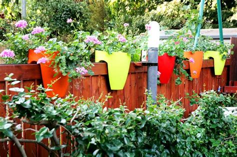 Fence Top Planters greenbo railing planter a unique way to keep fresh