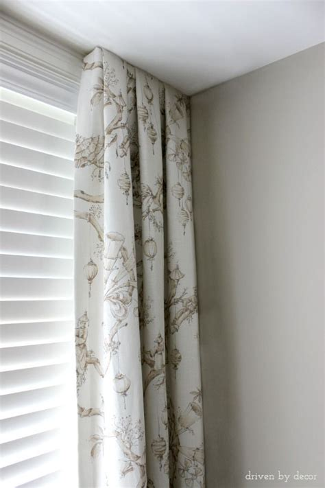 curtains for a corner window 25 best ideas about corner window treatments on pinterest