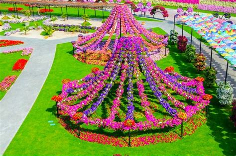 world beautiful flowers garden most beautiful flower gardens in the world home images