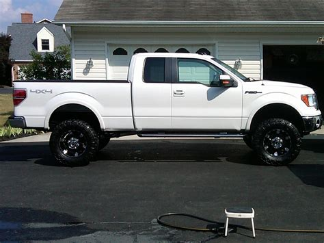 post pictures    lifted fs ford