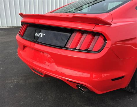 one spoilers 2015 2016 2017 ford mustang painted stage 1 rear spoiler