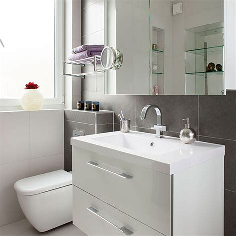 white vanity bathroom ideas 30 great pictures and ideas bathroom tile design ideas