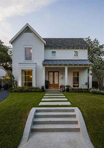 Farmhouse Style Architecture Love The Double Front Doors And Tall Windows Maestri