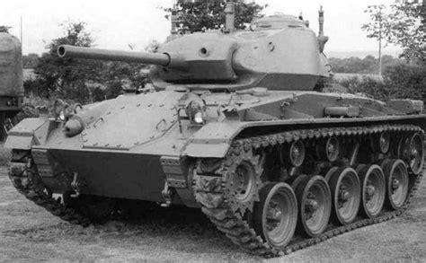 St B Navi m24 chaffee light tank