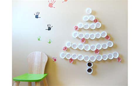 arbol de navidad de vasos de plástico 191 y si pones el 225 rbol de navidad en la pared enalquiler