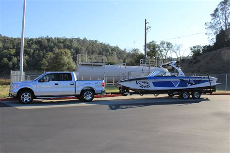 towing 30 foot boat ford f 150 eco boost v 5 0 v8 boats accessories tow