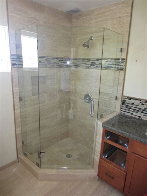 Angled Glass Shower Doors Best 25 Neo Angle Shower Ideas On Pinterest Neo Angle Shower Doors Corner Showers And Corner