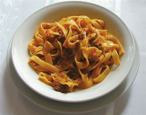 outline of food preparation wikipedia the free encyclopedia bolognese sauce wikipedia