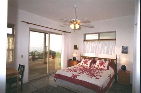 bed and breakfast oahu book on