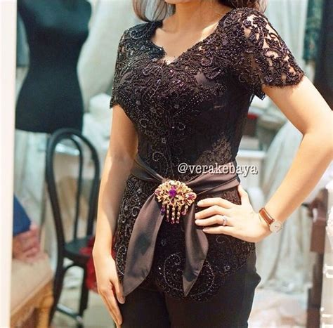 Kebaya Setelan Brokat Betwing Milo 1000 images about kebaya modern kebaya dress on black evening dresses gowns and