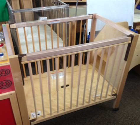 daycare cribs 2nd dan s 719 237 8704