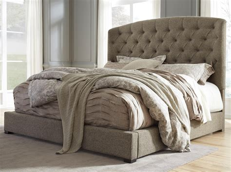 Fabric Headboard King Signature Design By Gerlane King Upholstered Bed With Arched Tufted Headboard And Low