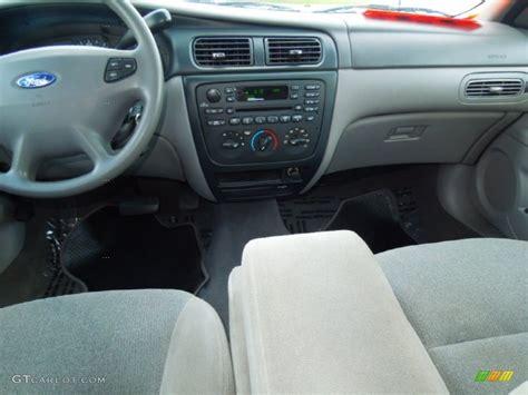 2001 Ford Taurus Interior by 2001 Ford Taurus Se Wagon Medium Graphite Dashboard Photo