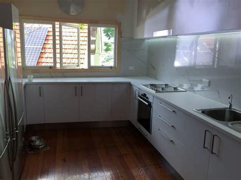 Kitchen Splashback Large Tile   SEQ Tiling and Cladding