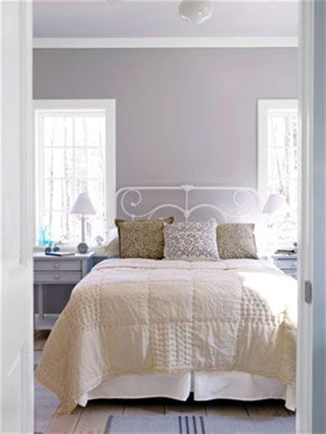 ben moore violet pearl modern master bedroom paint popular purple paint colors for your bedroom interiors