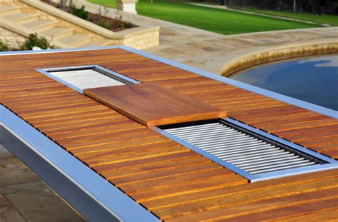Patio Table With Built In Grill This Outdoor Table Has A Built In Bbq Grill Contemporist
