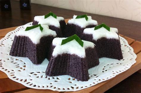 membuat kue putu ayu ketan hitam unik jaman