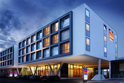 hotel salzburg flughafen inn hotel salzburg airport messe by comfort