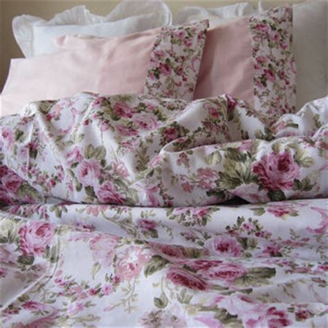 shabby and elegant ruffle bedding from scarves2012 home
