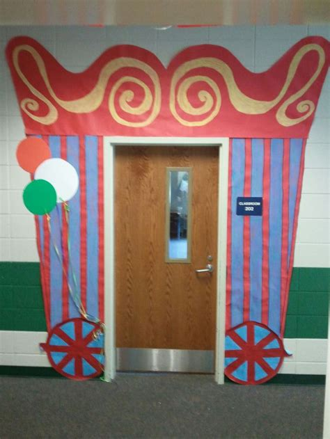 circus theme classroom decorations best 25 circus theme classroom ideas on