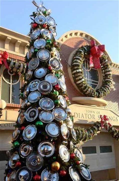 image cars land hubcap christmas tree png pixar wiki