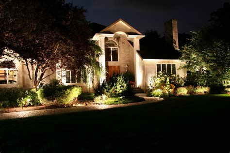 Landscape Lighting Design Guide Backyard Landscape Light Kits Ideas Landscape Lighting Techniques Exterior House Uplighting