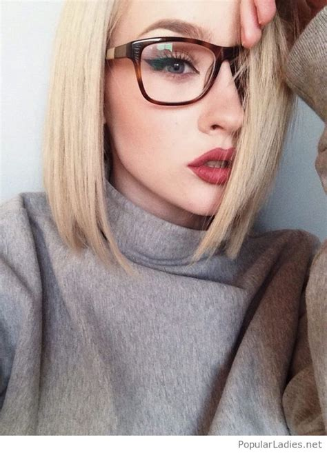 blonde hairstyles with glasses short blonde hair glasses and red lips