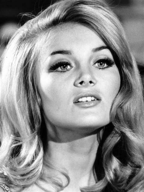 hairstyles and makeup from the 60s barbara bouchet 1960s hair and lashes like this never go