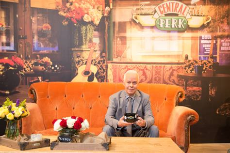 Friends Replica by Replica Of Friends Central Perk Opens In Nyc