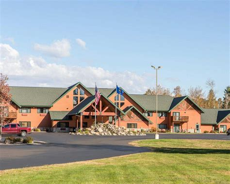 comfort suites hayward wisconsin comfort suites in hayward wi 715 634 0