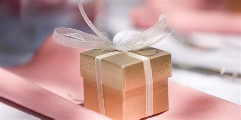 Wedding Favor by 26 Wedding Favour Ideas Your Guests Will