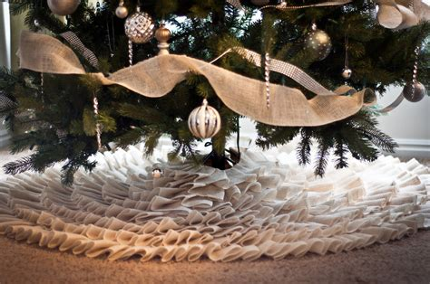 pattern burlap christmas tree skirt burlap crafts guide patterns