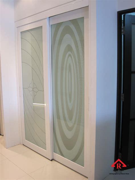 door to door toilet door malaysia reliance homereliance home