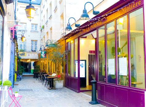 cosa fare a parigi se si ama la poesia una milanese a parigi