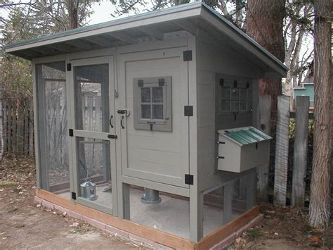 Backyard Chickens Wichita Ks Chicken Coop No Plans But A Lot Of Detail About How It